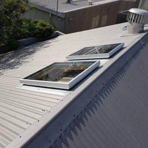 Single Glazed Glass Skylight for Corrugated Roof